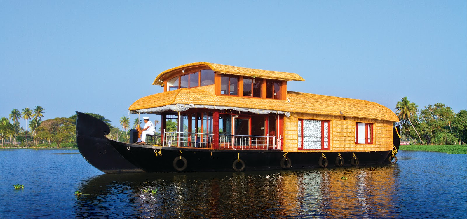 Pictures of a houseboat