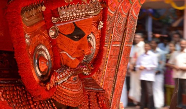 puthiya parambath kavu aryakkara bhagavathy theyyam01