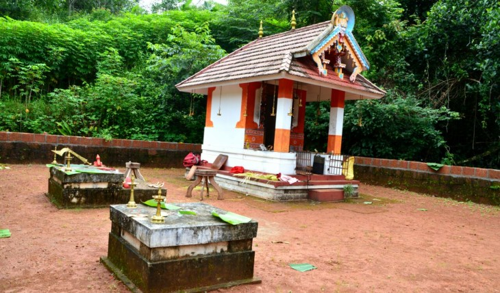Valiyavalappil chamundi devasthanam Thimiri