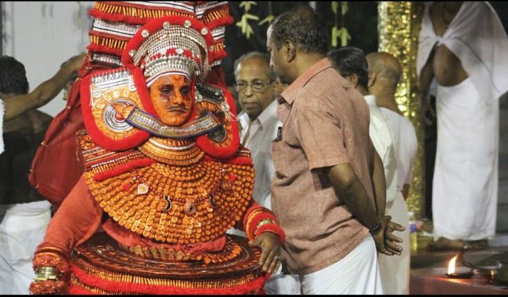 Asuralan Theyyam, Urothummal Panthakkal